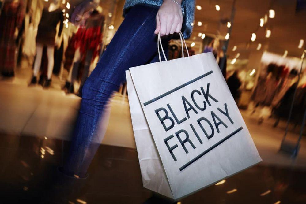 black-friday-shopping-deals-1068x713.jpg